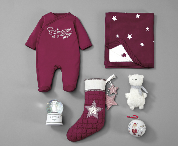 baby_first_christmas_styled_still